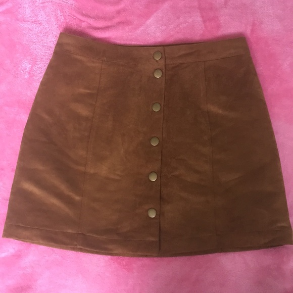 Old Navy Dresses & Skirts - Old Navy Faux Suede Tan Skirt